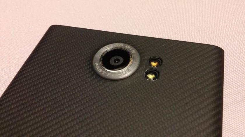BlackBerry-Vince-Proto-010-840x473